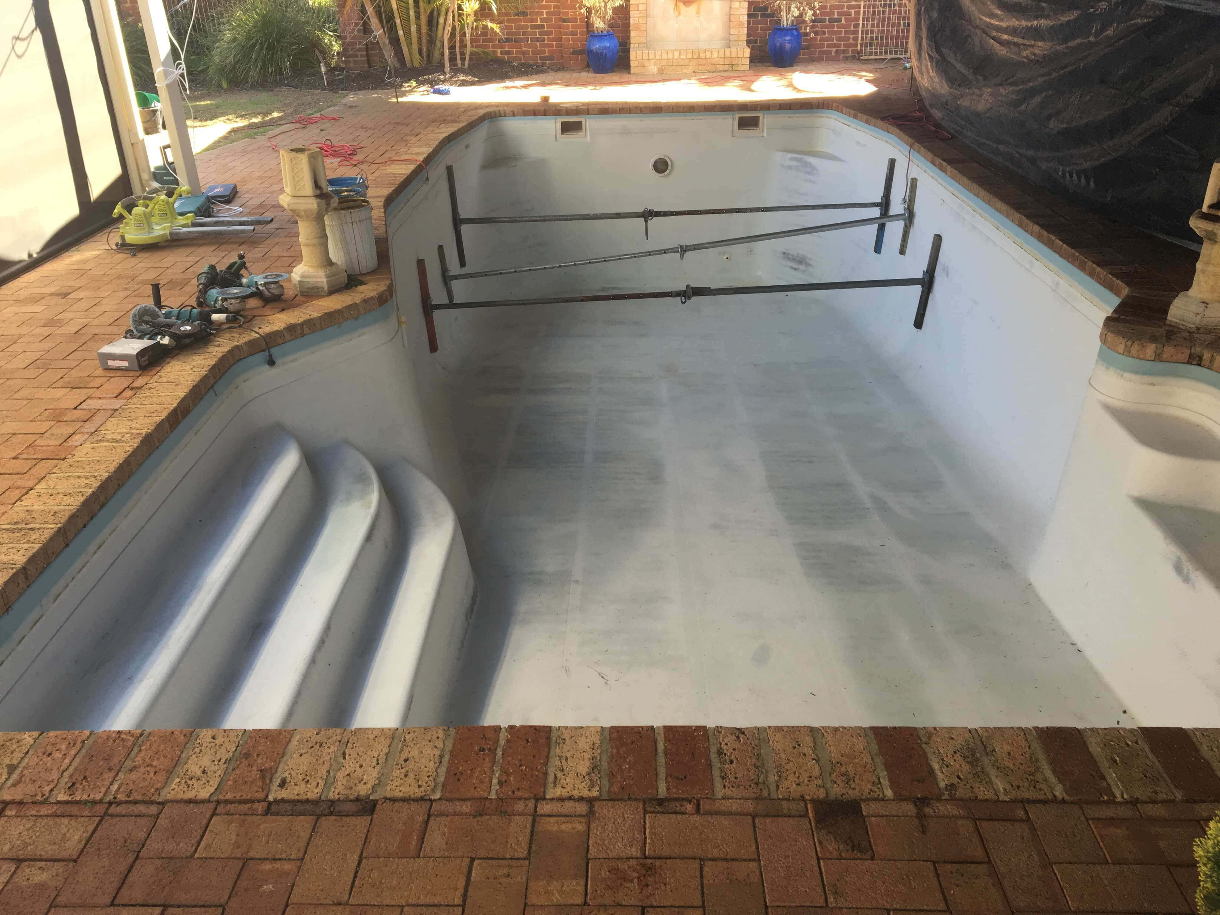 Fibreglass Pool6
