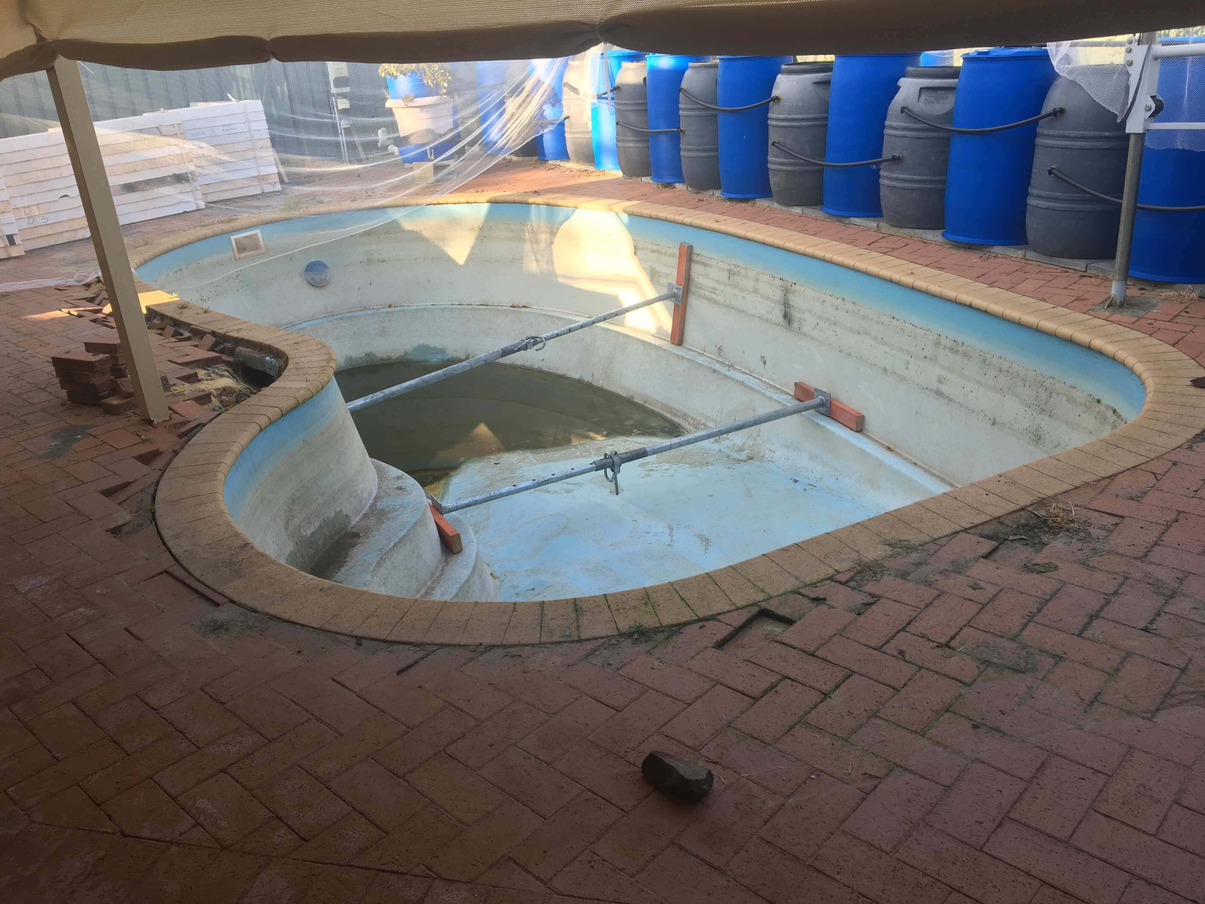 Fibreglass Pool8